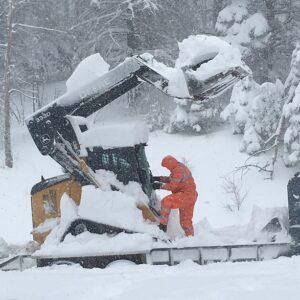 SPSRexcavator.snow
